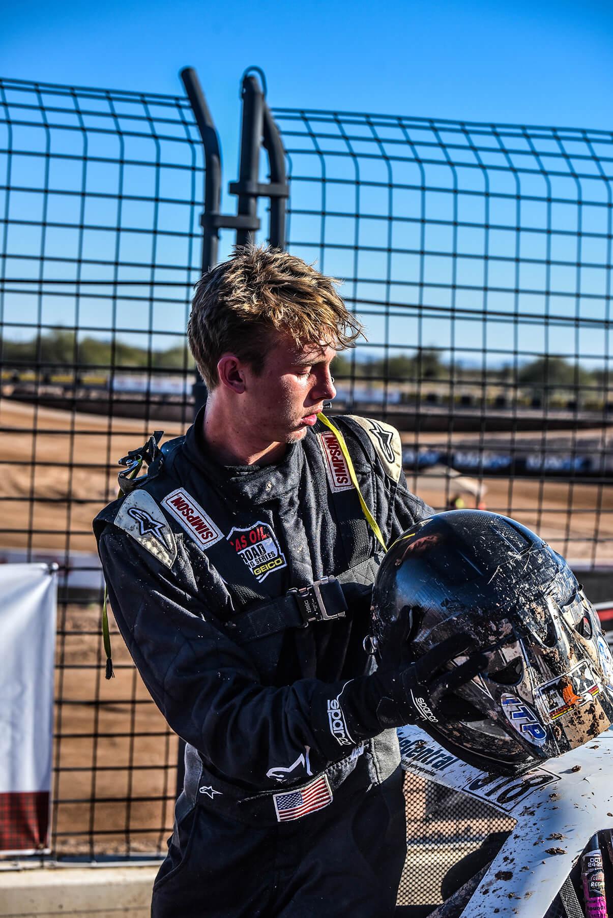 Daely Pentico Racing Helmet